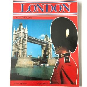 🌸Book of London Illustrated Maps, Guide Book Gift